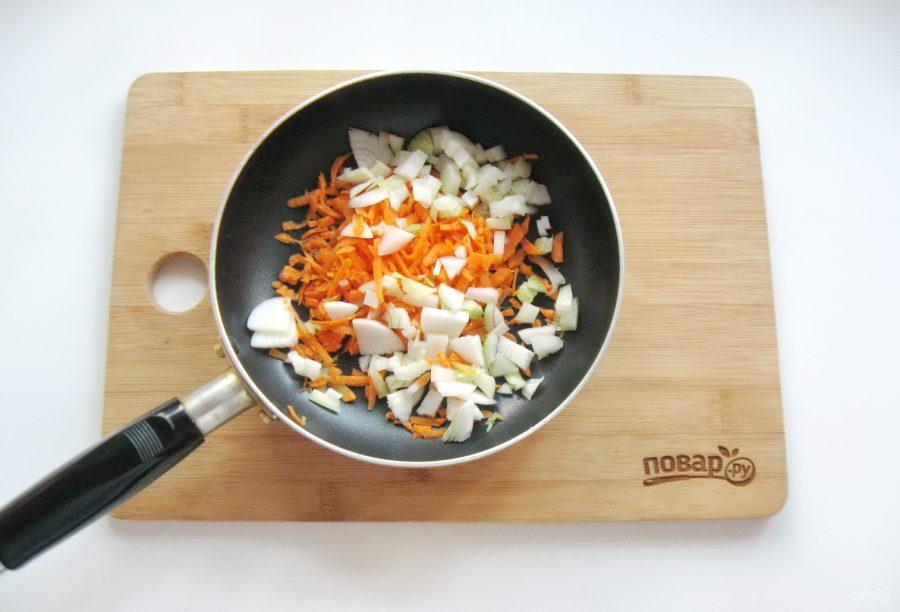 Куриные оладьи с морковью