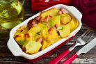 Картошка с карбонатом в духовке