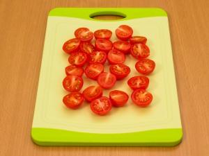 Cалат из говядины с помидорами