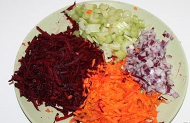 Борщ с черносливом вегетарианский