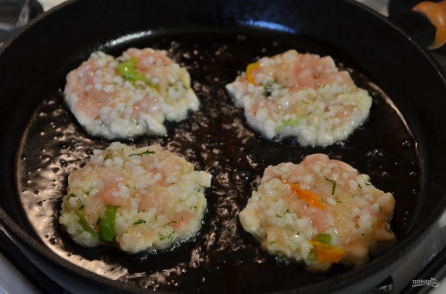 Рубленые котлеты с рисом и перцем