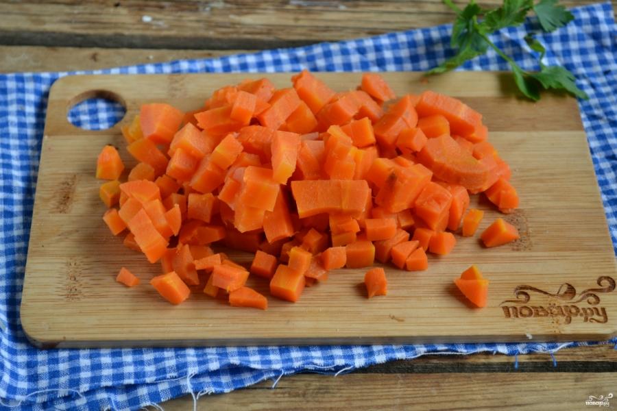 Вегетарианский салат с шампиньонами