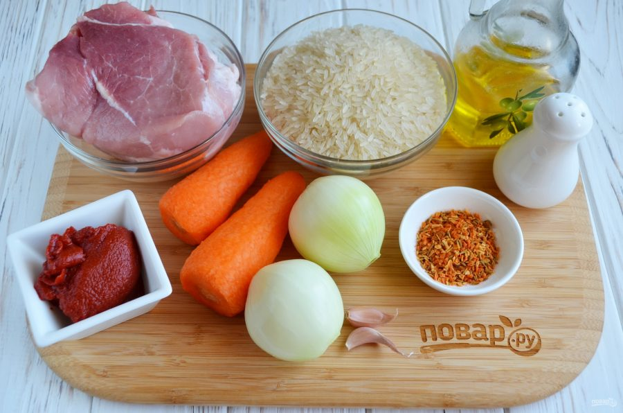 Плов на сковороде со свининой
