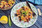 Постный салат с фасолью и кукурузой