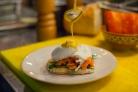 Яйца Бенедикт под соусом