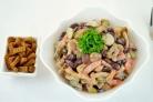 Салат с фасолью и опятами