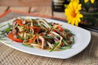 Салат со свининой и перцем