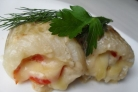 Рулетики из рыбы с сыром