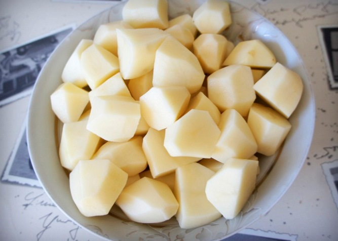 Баранина, запеченная с картофелем