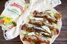 Лучший рецепт чесночных гренок со шпротами и майонезом