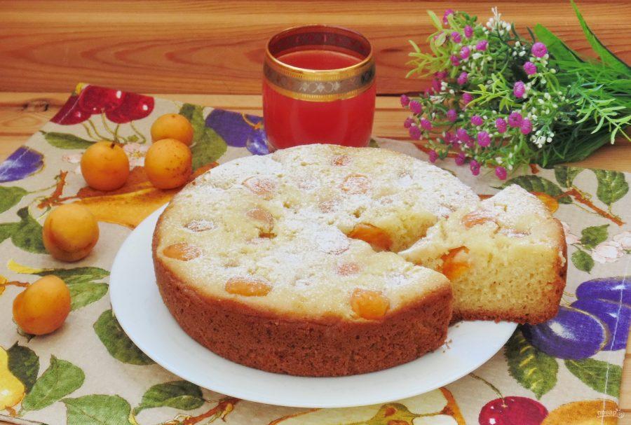 Абрикосовый пирог в мультиварке
