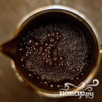 Кофейное желе со взбитыми сливками