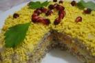 """Салат """"Мимоза"""" с консервой и сыром"""