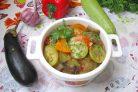 Баклажаны с кабачками в томатном соусе