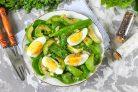 Салат с авокадо и шпинатом