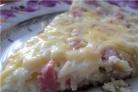 Омлет с сыром и колбасой