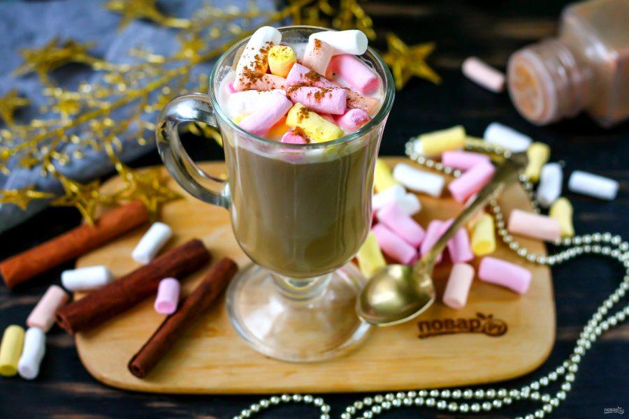 Кофе с корицей и маршмеллоу