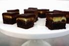 Шоколадные пирожные с мятным ликером