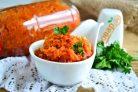 Заготовка из помидоров и моркови