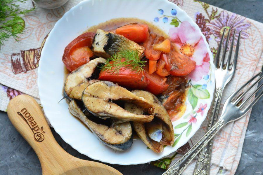 Сельдь в духовке с овощами