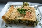 Слоеный пирог с брокколи и сыром