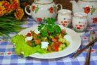 Салат с сыром фета