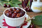 Варенье из черешни с грецкими орехами