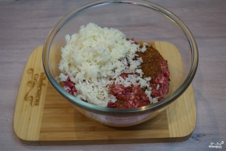 Перец с фаршем и рисом