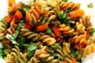 Макароны с морковью и луком