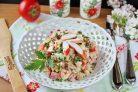 Салат с перепелиными яйцами и крабовыми палочками