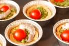 Тарталетки с песто и креветками