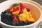 Жаркое с черной фасолью и помидорами