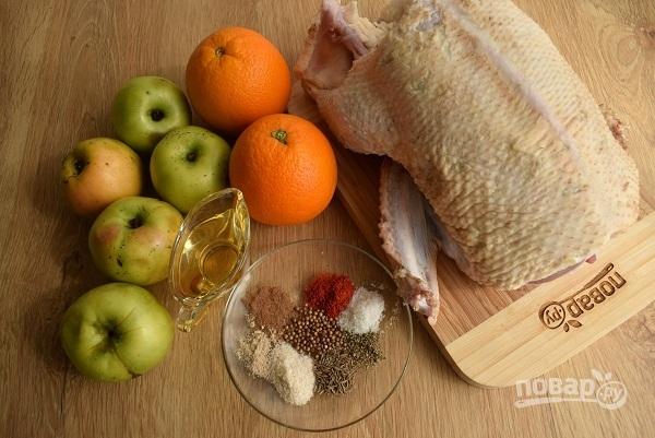Утка с яблоками и апельсинами