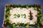 Сытный новогодний салат
