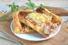 Пицца на слоеном тесте в духовке