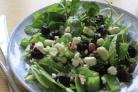 Салат с орехами и черносливом