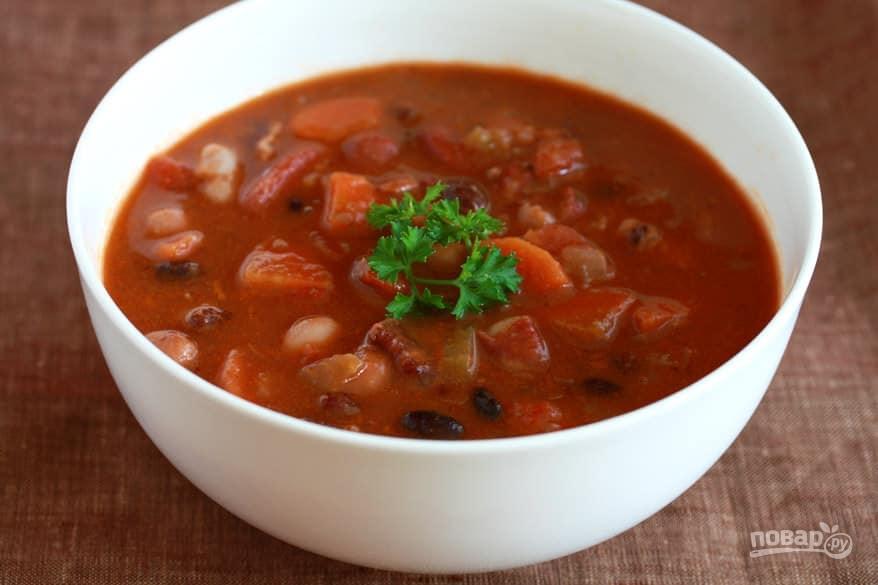 Суп из фасоли и бекона