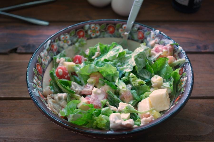 Салат с фетаской и курицей