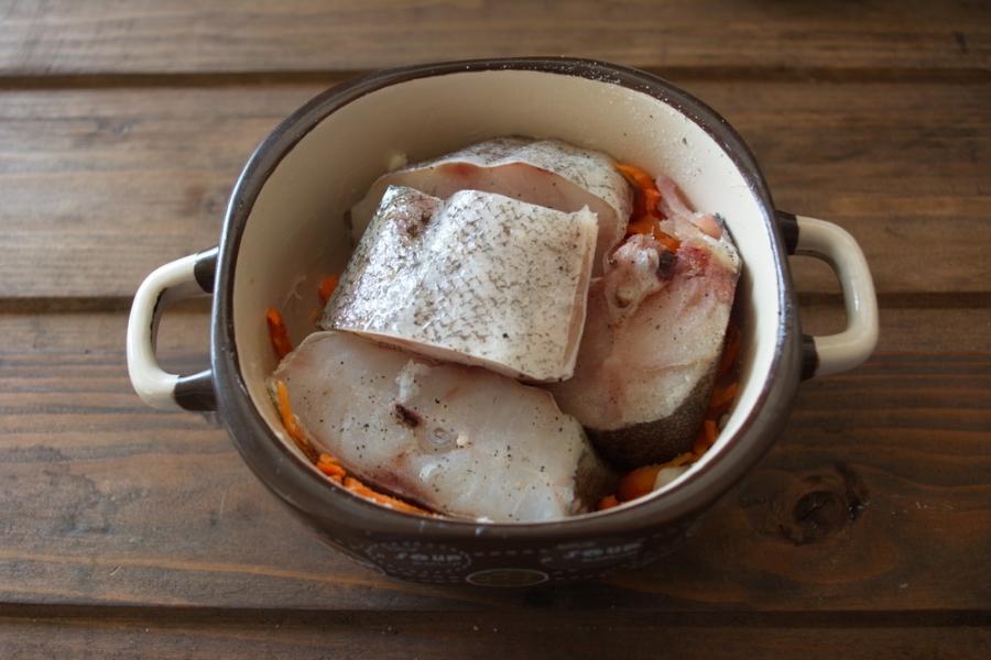 Рыба минтай, запеченная в духовке