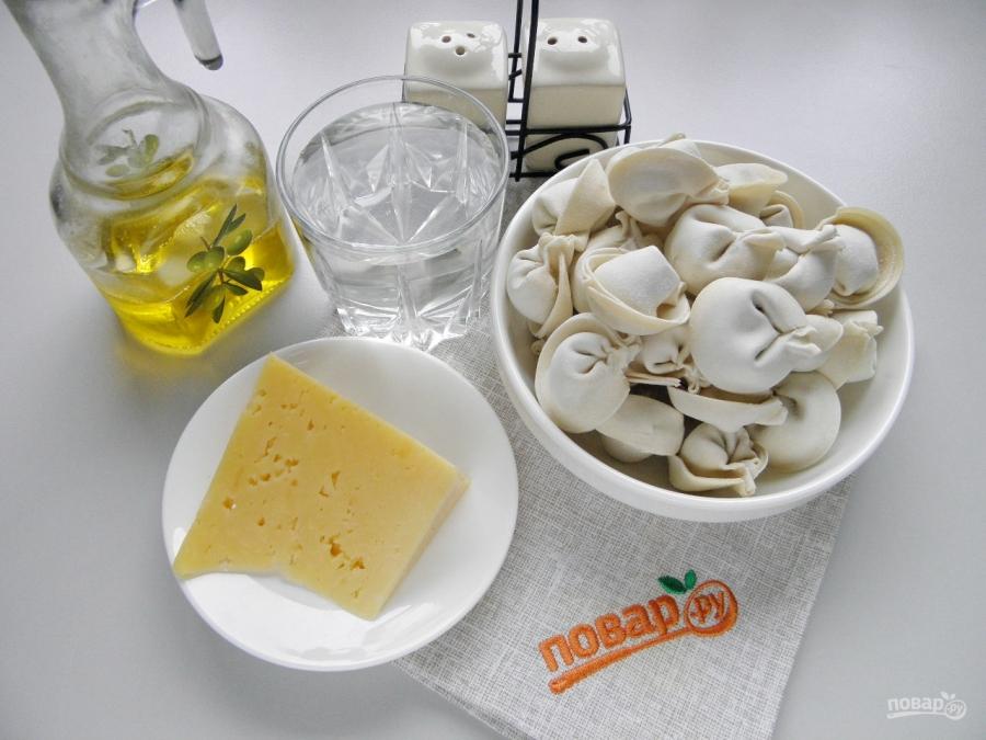 Пельмени жареные под сыром