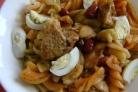 Горячий салат со свининой