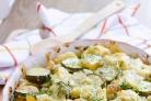 Кабачки, запеченные с яйцом и сыром