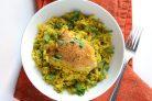 Курица с рисом и зеленым горошком