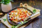 Салат с фасолью и брынзой