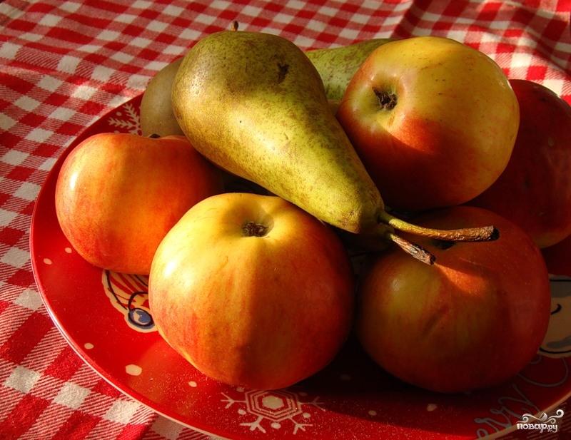 Десерт из яблок и груш