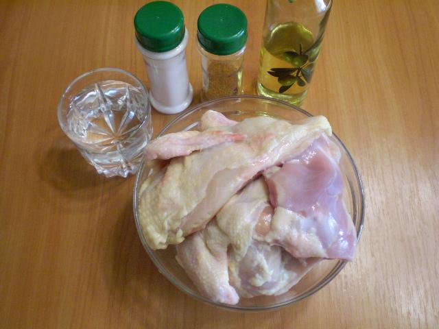 Жареное мясо кусочками на сковороде