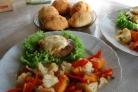 Цветная капуста с овощами на сковороде