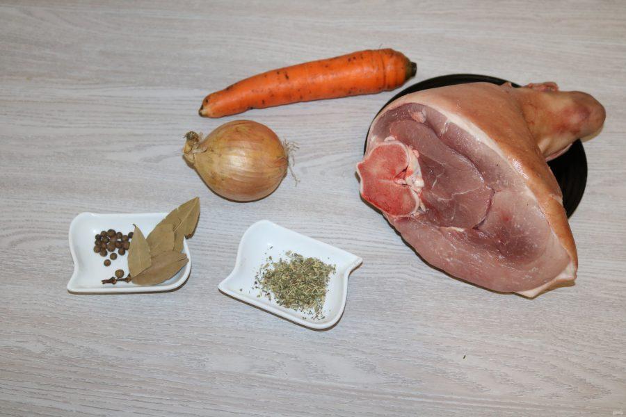 Домашний зельц из свиной рульки