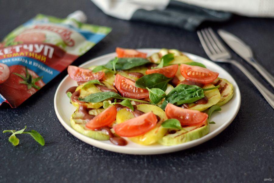 """Теплый салат из овощей с кетчупом """"Махеевъ"""""""