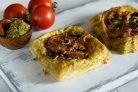 Тарты с помидорами и печеными перцами